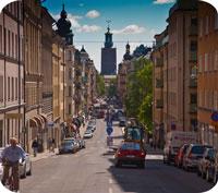 En bostad i Stockholm är nästan åtta gånger dyrare än i Sandviken.