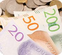Höstbudgeten - lägre skatt för pensionärer och höginkomsttagare och höjd skatt för bilägare